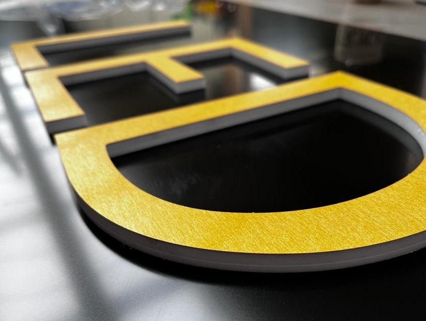 gouden letters
